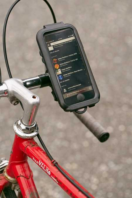 Water-Resistant iPhone 6/6s Case And Bike Mount