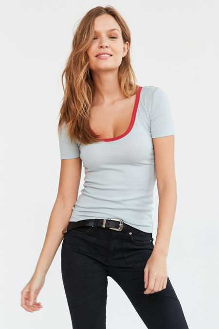 Truly Madly Deeply Robin Scoop Tee