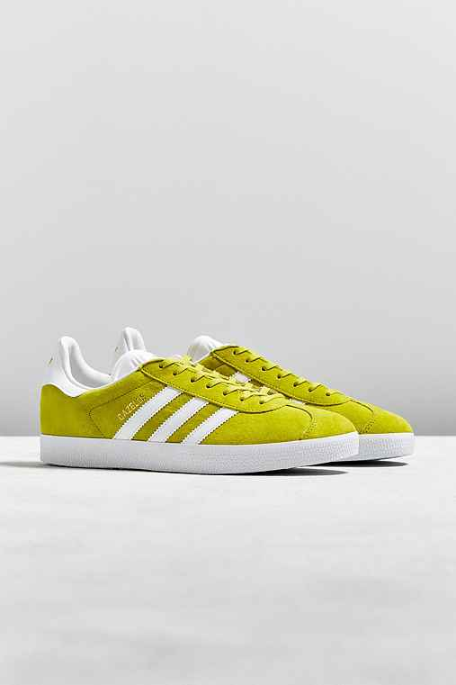 adidas Gazelle Sneaker,DARK YELLOW,M 10/W 11.5