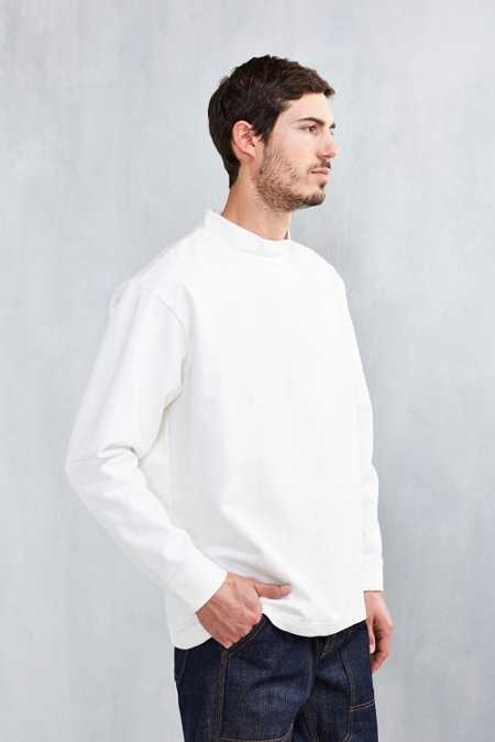 BDG Boxy Mock-Neck Sweatshirt