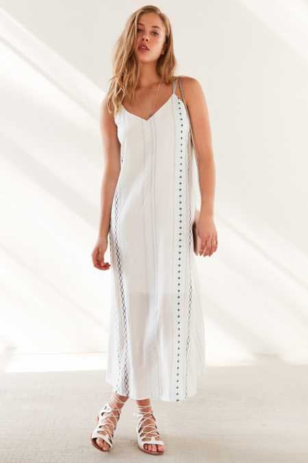 Ecote Embroidered Column Midi Dress