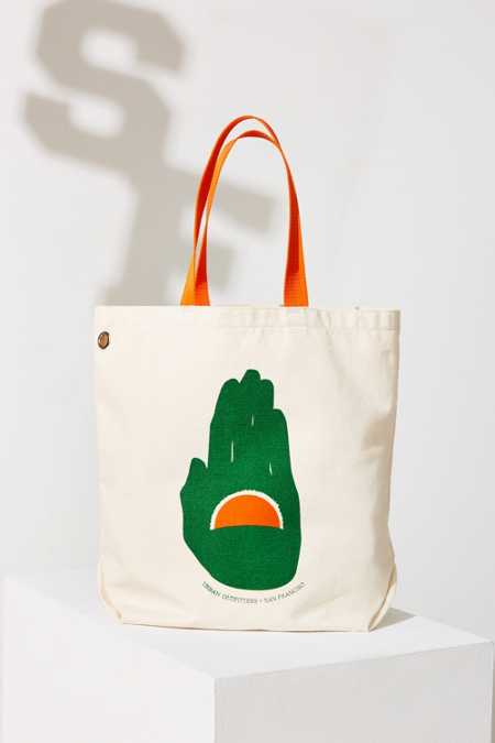 UO Souvenir San Francisco Tote Bag