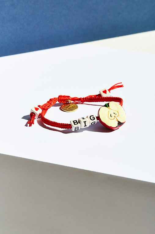 UO Souvenir X Venessa Arizaga New York Bracelet,RED,ONE SIZE