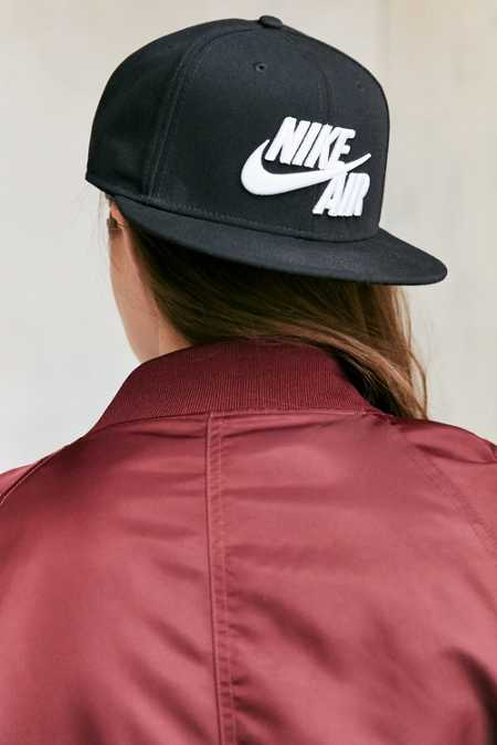 Nike Sportswear Air True Snapback Baseball Hat