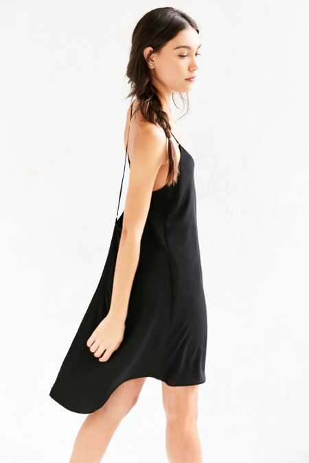 Ecote V-Neck Strappy-Back High/Low Dress