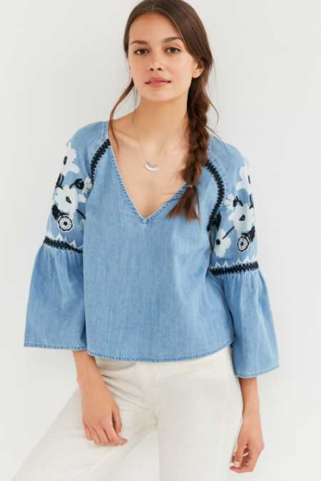 Kimchi Blue Mila Embroidered Chambray Top