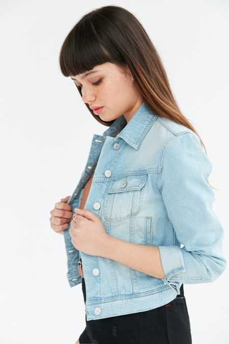 BDG Classic Denim Trucker Jacket