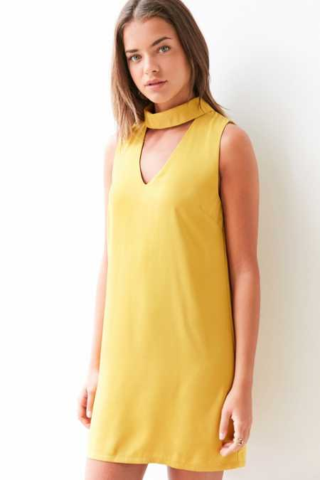 Glamorous Cutout Mock-Neck Shift Dress