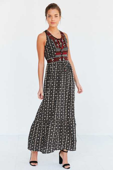 Ecote Embroidered Bodice Maxi Dress