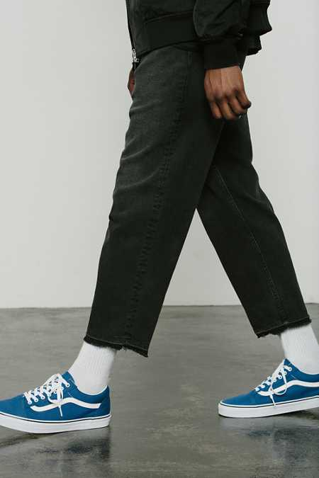 Discover our range of men's cropped trousers & jeans at ASOS. Kit yourself out in our slim & skinny cuts so you can hit leg day on trend.
