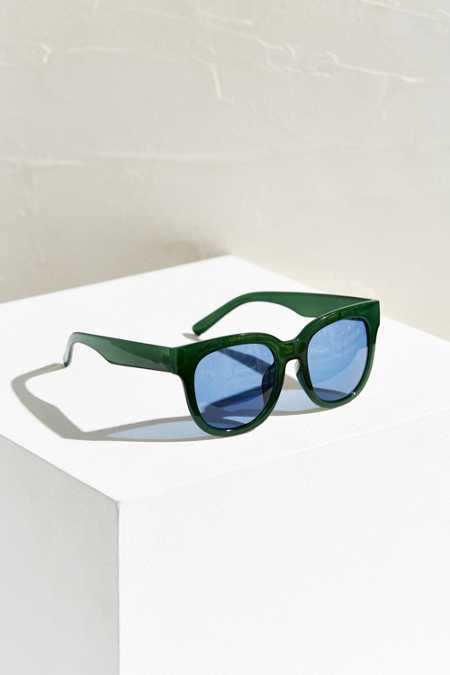 Saturday Sleek Square Sunglasses