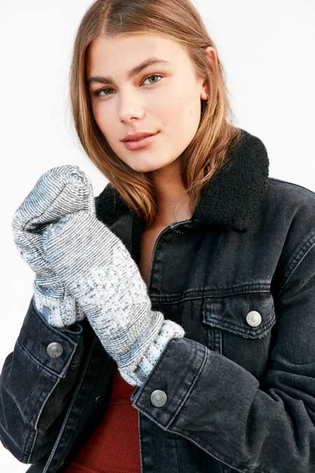 Woolrich Snowfall Valley Sherpa-Lined Mitten