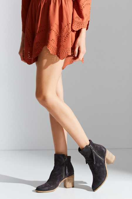 Dolce Vita Lana Ankle Boot