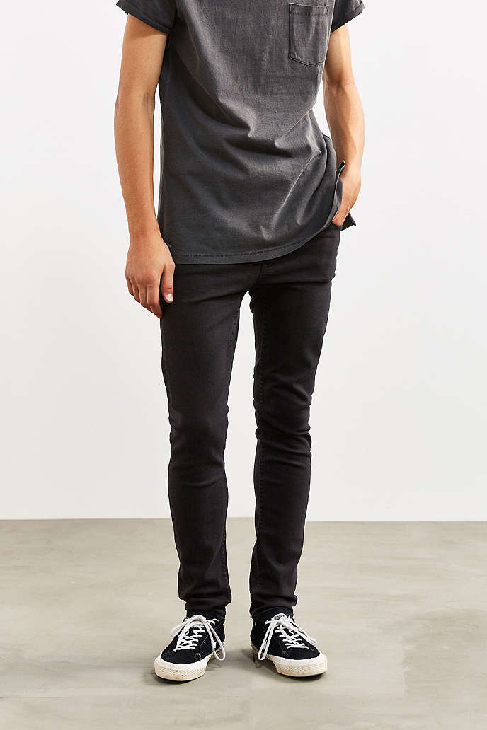 CHEAP MONDAY - Urban Outfitters