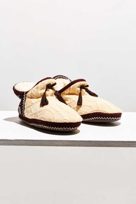 MUK LUKS Amira Lodge Slipper