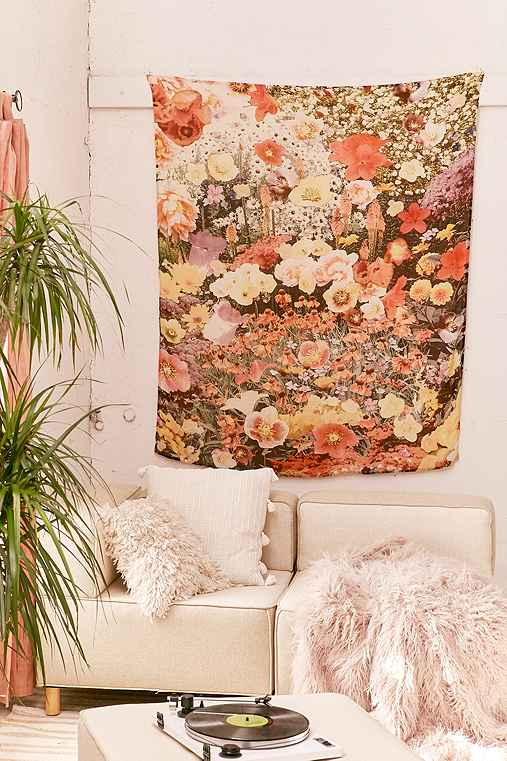 Mina Floral Collage Tapestry,MULTI,ONE SIZE
