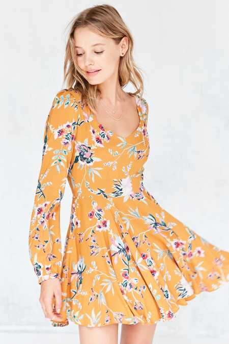 Ecote Rosalinda Floral Long-Sleeve Mini Dress