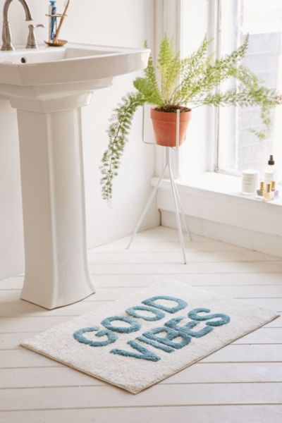 12 Bath Mats From Urban Outfitters That Will Make You Rethink Your