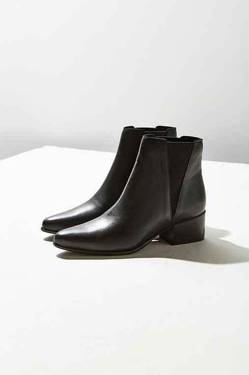 Pola Leather Chelsea Boot,BLACK,US 7/EU 37