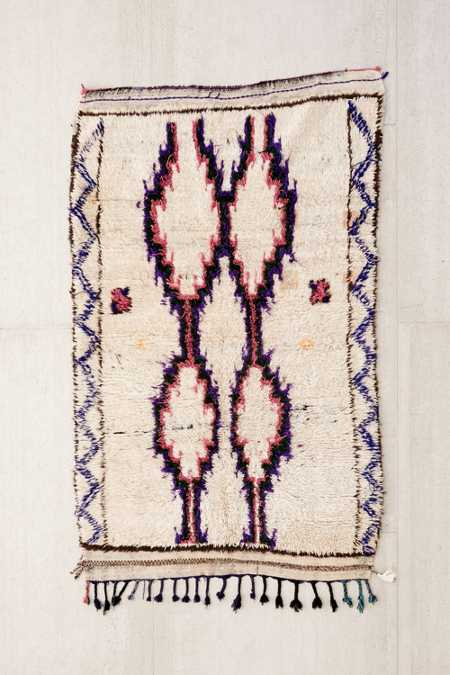 One-Of-A-Kind 4x6 Moroccan Tufted Boucherouite Rug