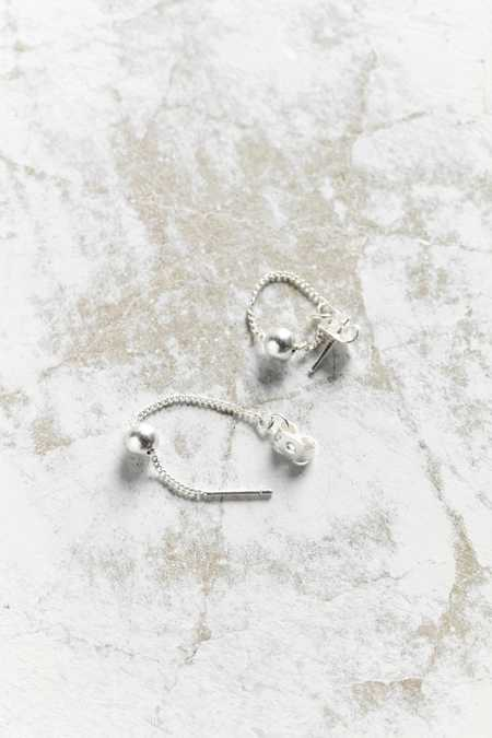 Delicate Dot Threader Earring