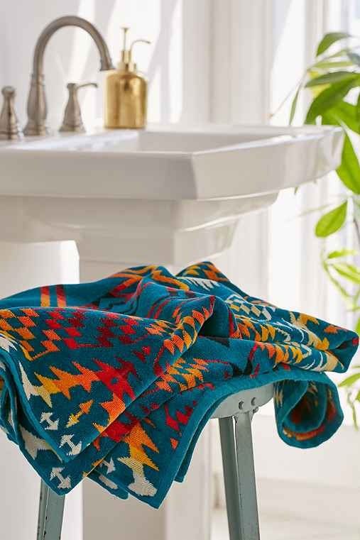 Pendleton Thunder And Earthquake Oversized Jacquard Towel,TURQUOISE,ONE SIZE