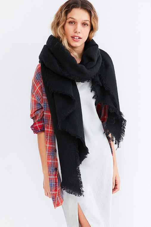 Nubby Oversized Blanket Scarf,BLACK,ONE SIZE