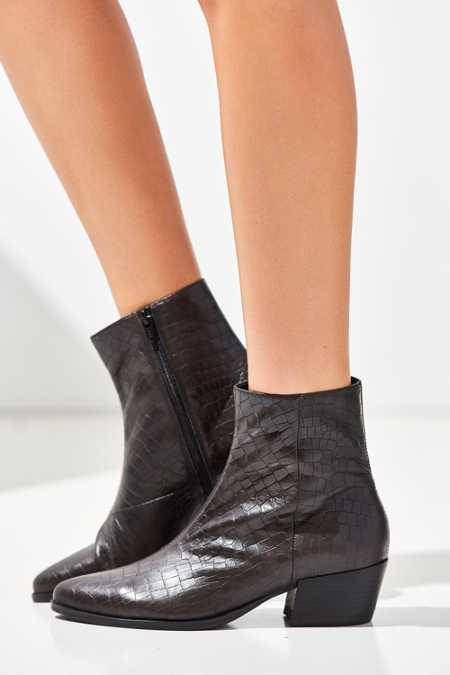 Vagabond Embossed Mandy Ankle Boot