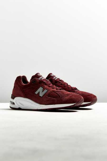 New Balance Made In The USA 990V2 Sneaker
