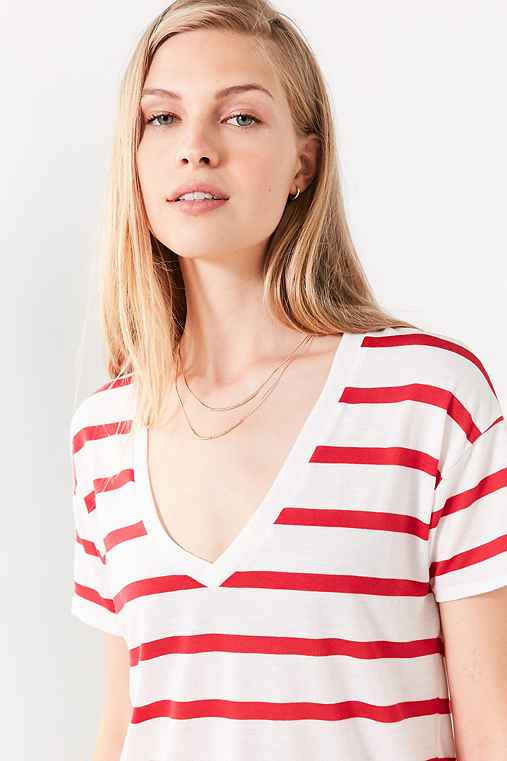 BDG Teddy V-Neck Tee,RED,XS