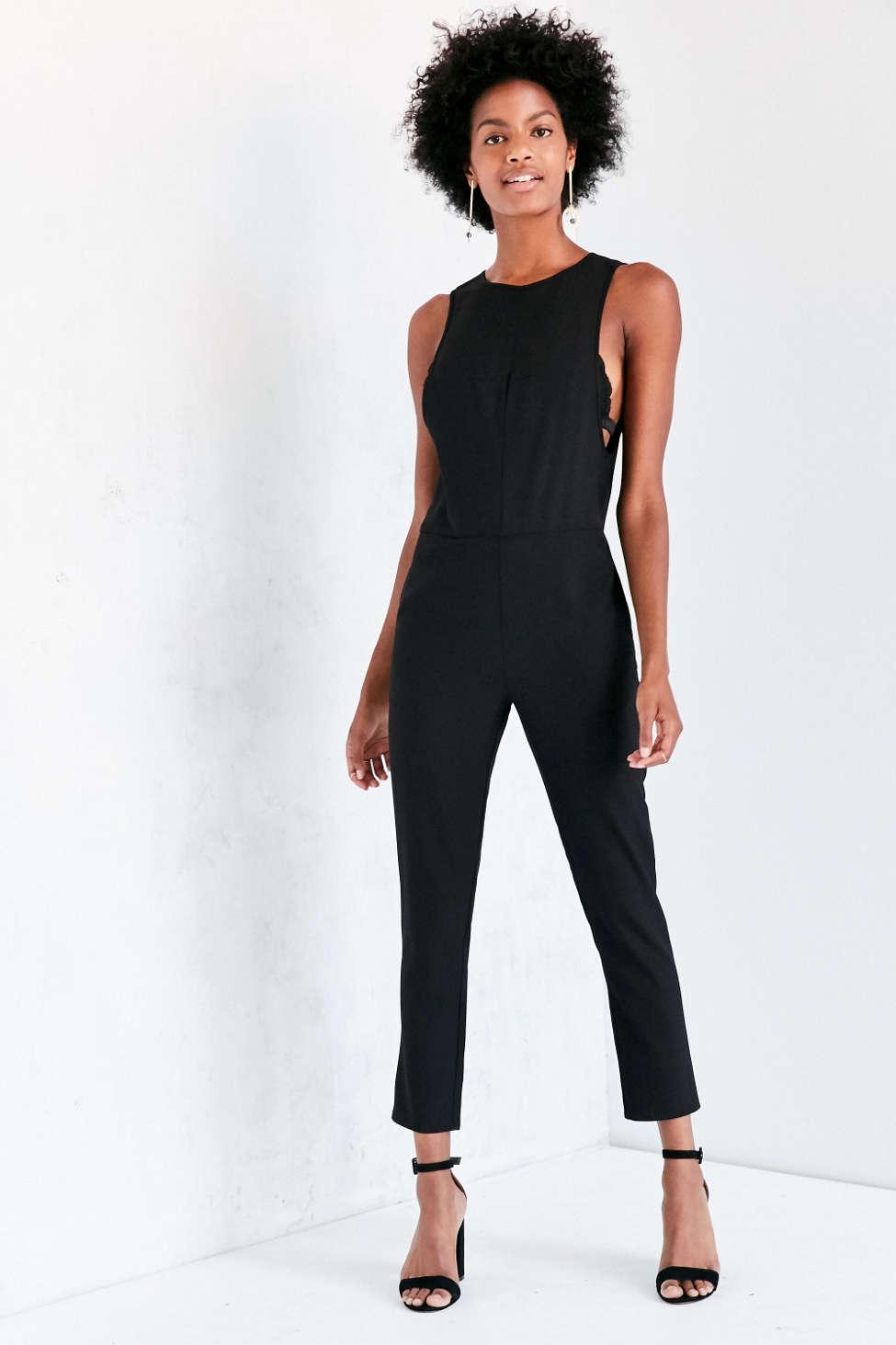 Kensie Modern Sleeveless Crepe Jumpsuit
