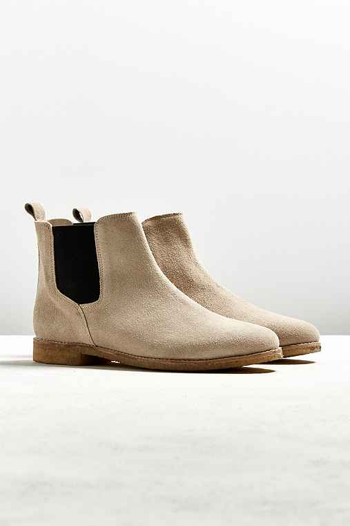 UO Crepe Sole Chelsea Boot,TAN,12