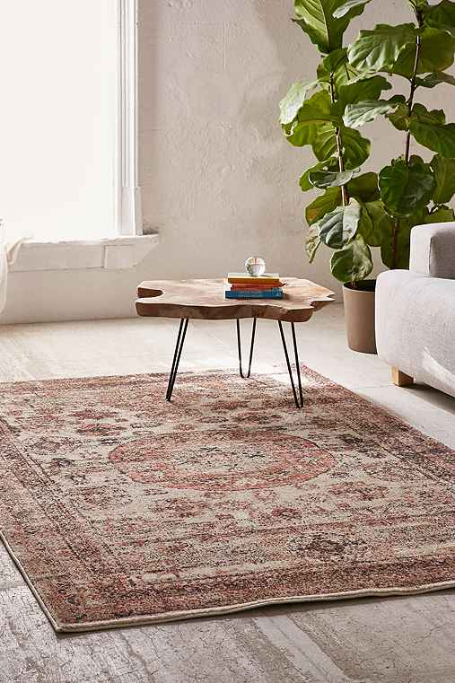 Buffalo Tufted Worn Carpet Rug Urban Outfitters