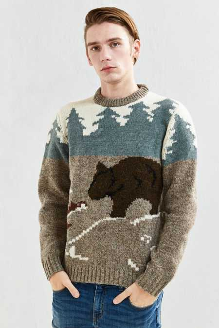 Woolrich Outdoor Bear Motif Sweater