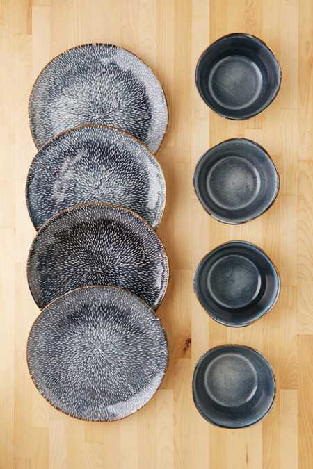 Gibson 8-Piece Clay Reactive Glaze Dinnerware Set