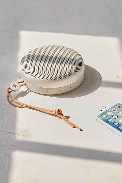 B&O Play A1 Wireless Speaker,TAUPE,ONE SIZE