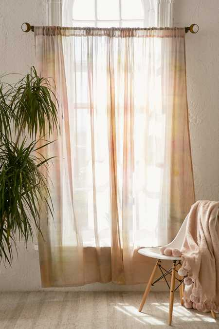 Soft Dye Curtain