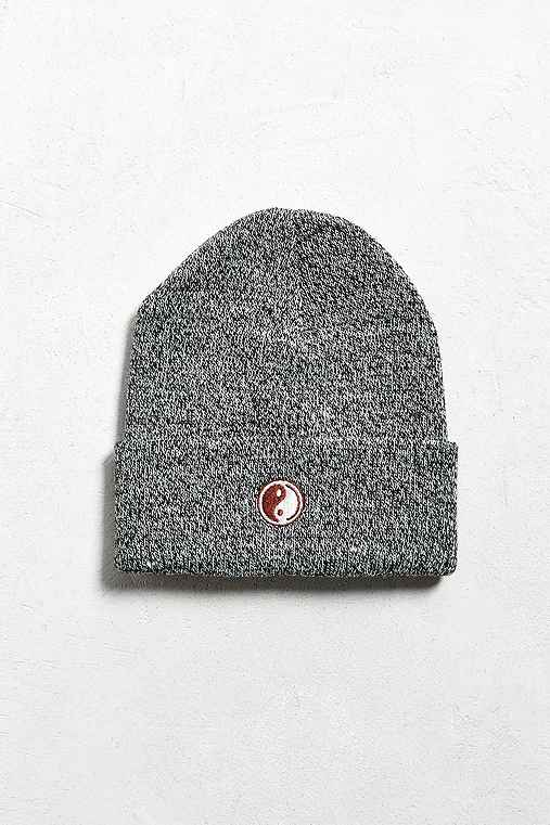 Embroidered Yin-Yang Beanie,BLACK & WHITE,ONE SIZE