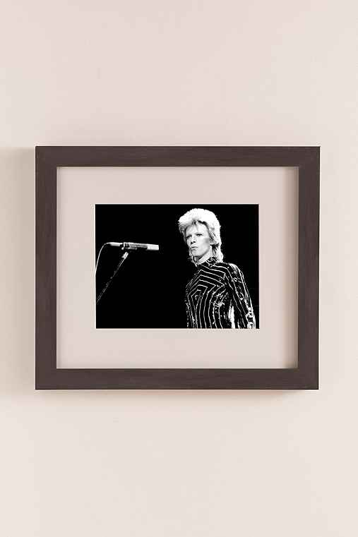 Ziggy Stardust Era Bowie In LA By Richard Creamer/Michael Ochs Archives/Getty Images,NATURAL EXPRESSO WOOD GRAIN FRAME,20X23
