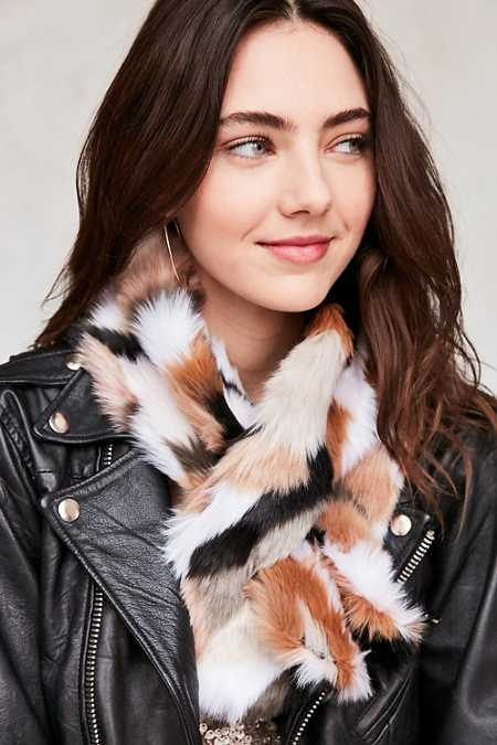 Faux Fur Neck Scarf