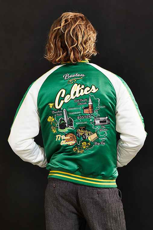 Starter X UO NBA Boston Celtics Souvenir Jacket,GREEN,L