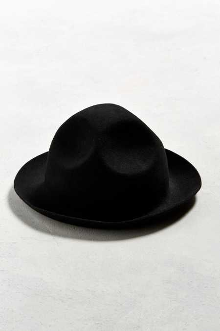 UO Hand Crushed Fedora