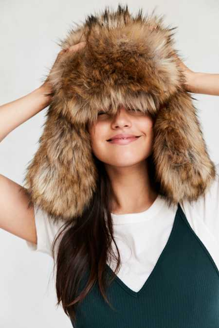 Oversized Faux Fur Trapper Hat