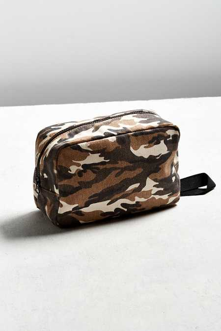 UO Dopp Kit