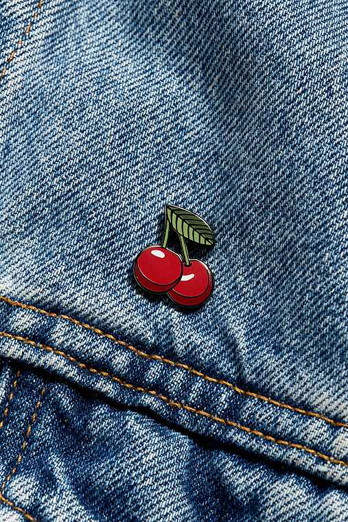 Pintrill Cherry Pin,RED,ONE SIZE