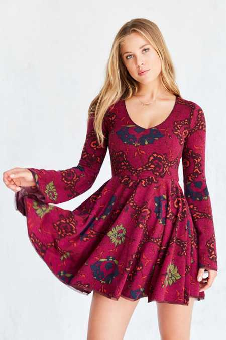 Ecote Cozy Printed Bell-Sleeve Mini Dress