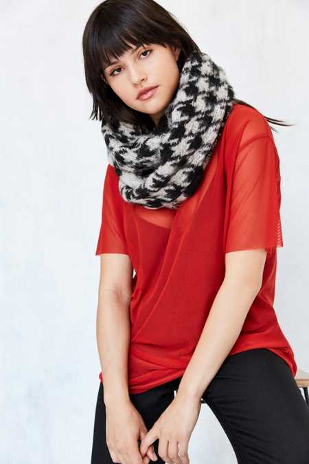 Houndstooth Eternity Scarf
