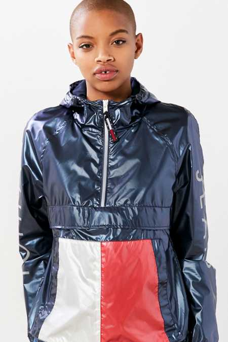 Tommy Jeans For UO '90s Windbreaker Jacket