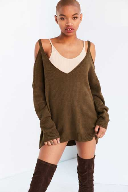 Kimchi Blue Kia Deep-V Cold Shoulder Sweater