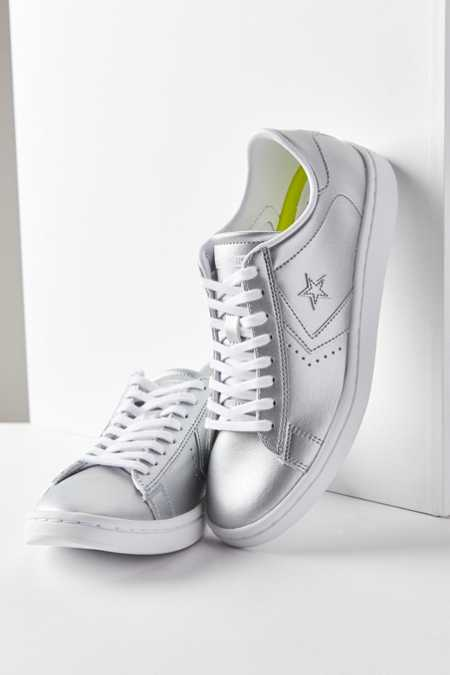 Converse Pro Leather LP Low Top Sneaker
